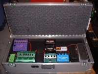 customers-gear-Blake-pedalboard-ata-case-tilt-wheels