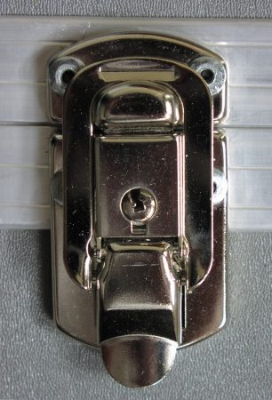 Surface latch