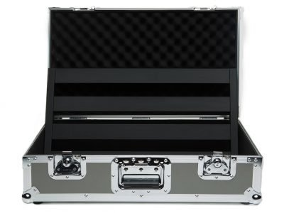 classic-2-tour-case-open-pedaltrain-pro-stage-gear