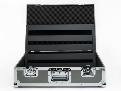 novo-24-tour-case-open-pedaltrain-pro-stage-gear