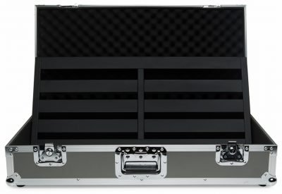 novo-32-tour-case-open-pedaltrain-pro-stage-gear